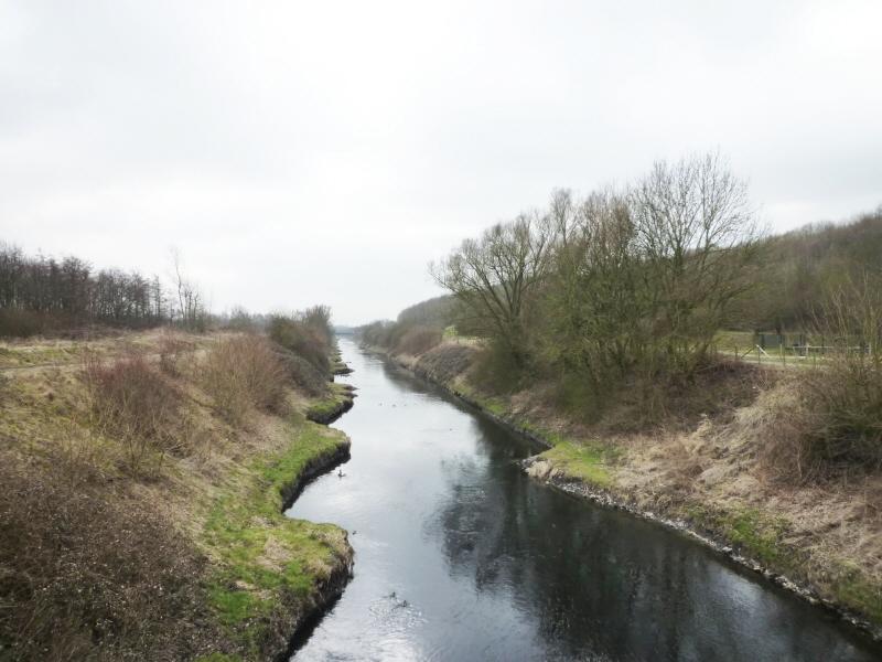 Naherholungsgebiet mit Fluss