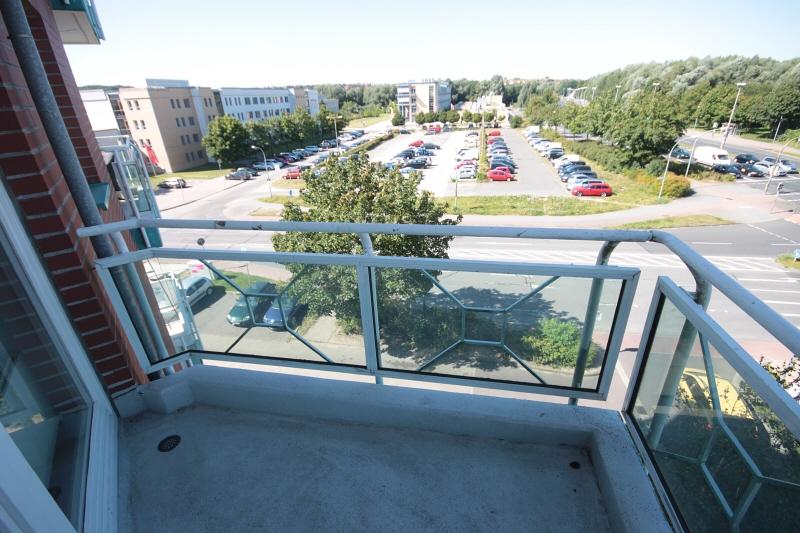 Blick vom Balkon zur Hochschule